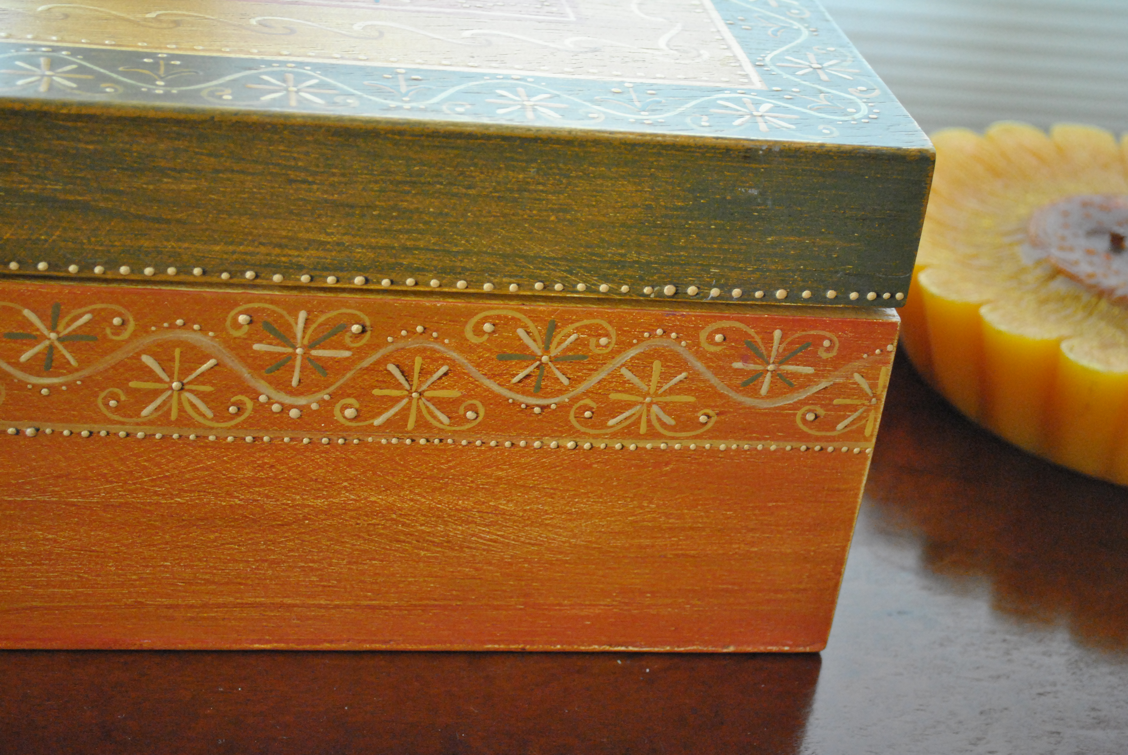 pintar madeira descobrimos que pintar o interior de uma caixa  #AD5011 3872x2592