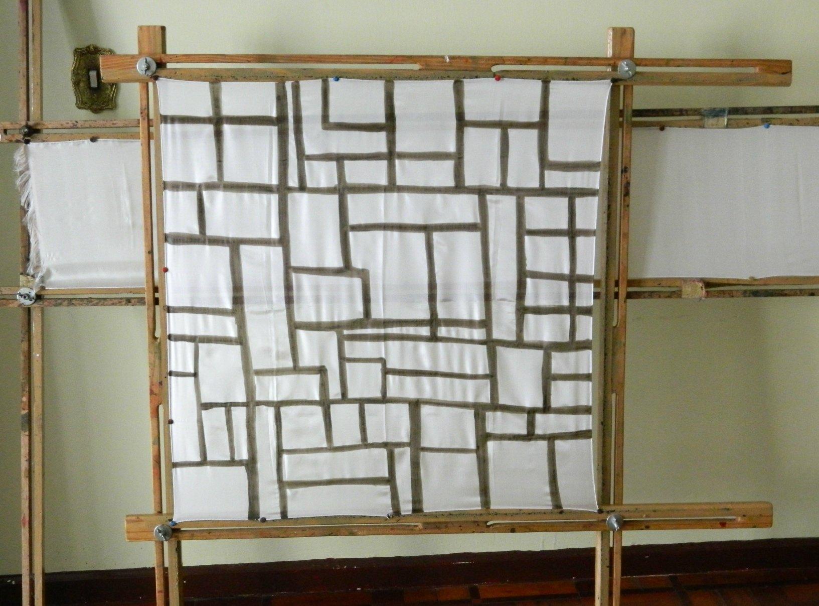 Vestidos camisas de algodão e telas para enfeitar paredes também  #8F663C 1633x1207